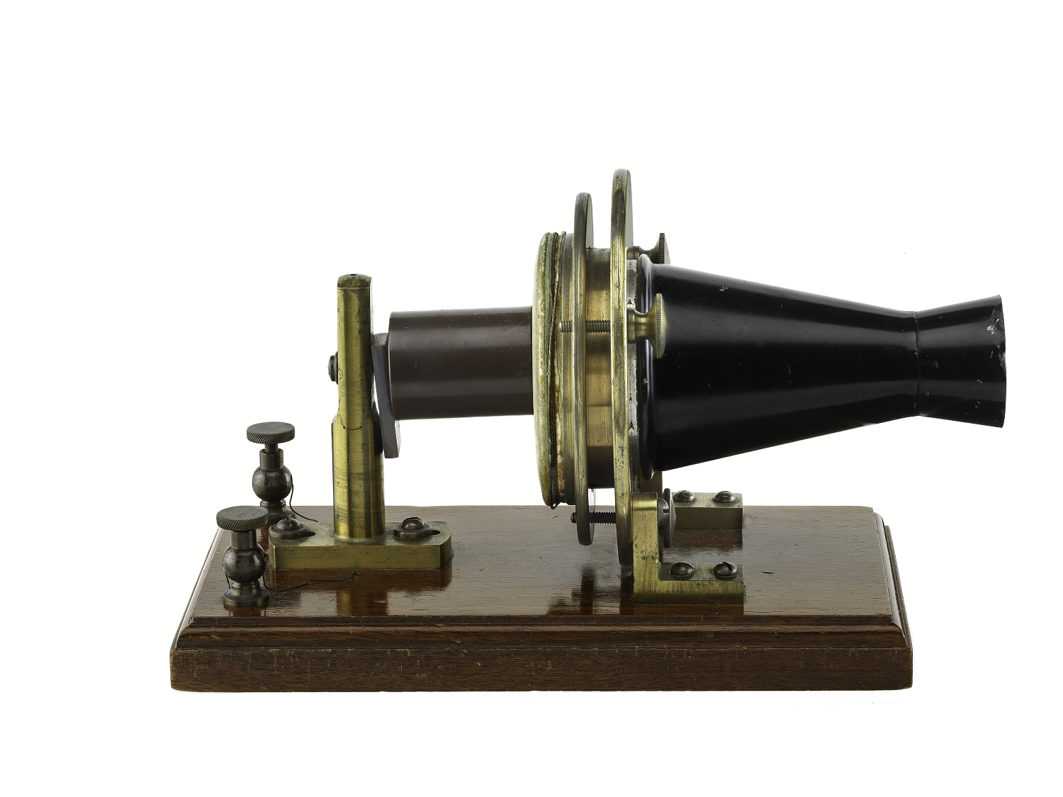 Alexander graham bell first telephone